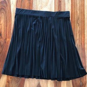 Alfani black pleated skirt - 1X